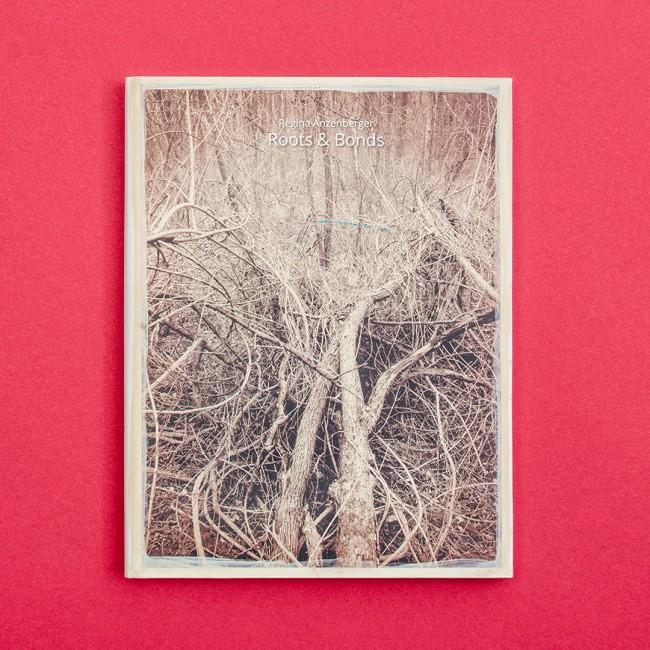Regina Anzenberger: Roots and Bonds